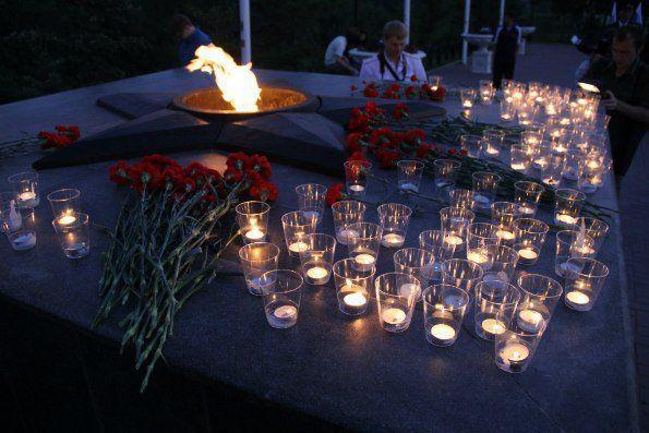 картинки минута молчания свеча памяти вкусный