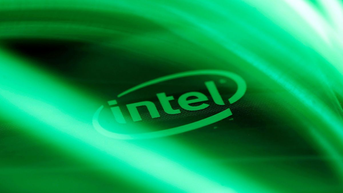 Компания Intel показала самый мощнейший процессор вмире Xeon D-2100