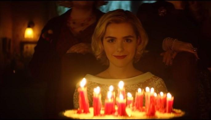 Netflix выпустил пугающий тизер перезапуска «Сабрины— маленькой ведьмы»
